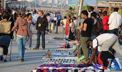 Vacances : gare aux contrefaçons vendues à la plage