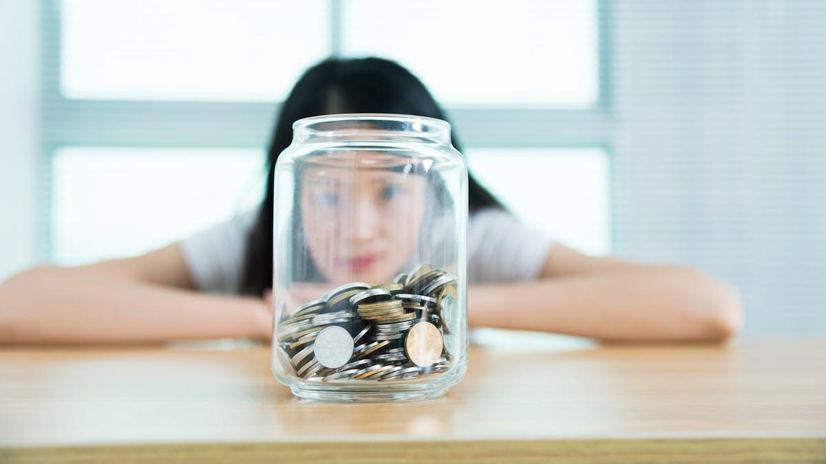 Une fois les différentes aides sociales perçues, le reste à charge mensuel moyen des étudiants s'élève à 837,72 euros.