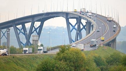 Ecotaxe, péages… Les pistes pour financer l'entretien des routes et ponts