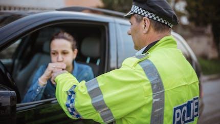 Les applications GPS pourraient avoir l'interdiction de signaler certains contrôles de police