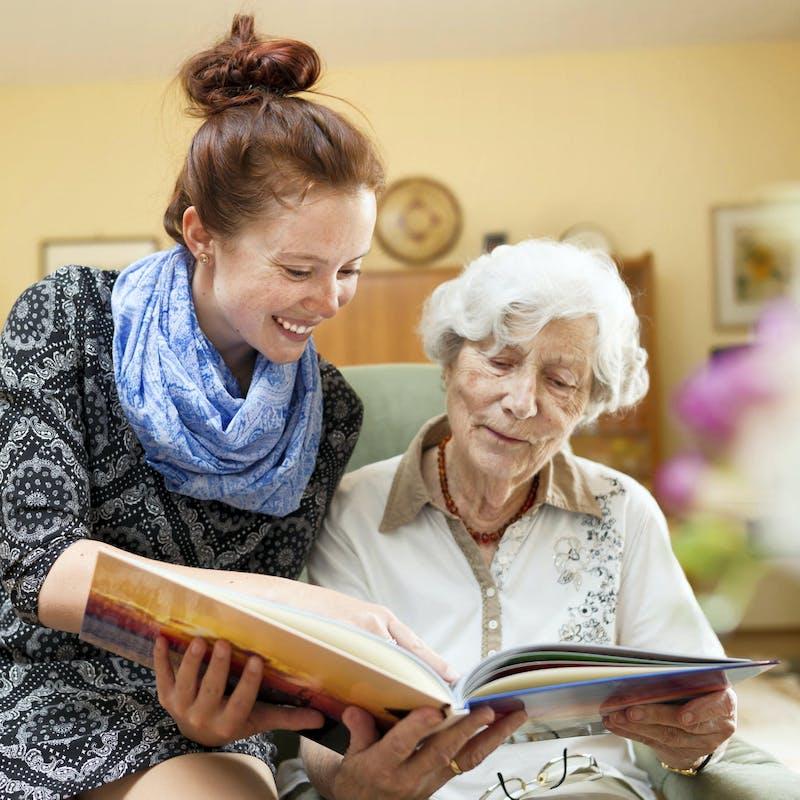 Les solutions pour permettre aux aidants familiaux de faire une pause
