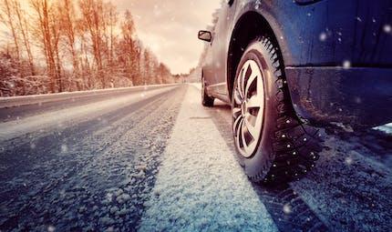 Les pneus hiver bientôt obligatoires dans certaines zones montagneuses