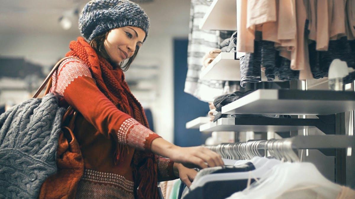 Commerce : les périodes de soldes seront réduites