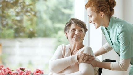 Combien coûte une place en maison de retraite?