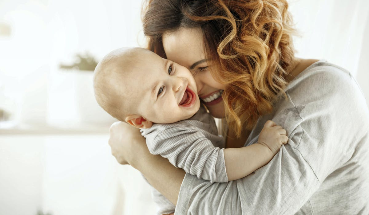 Les congés de maternité ou d'adoption donnent droit à la validation de trimestres assimilés pour le calcul de la durée d'assurance.