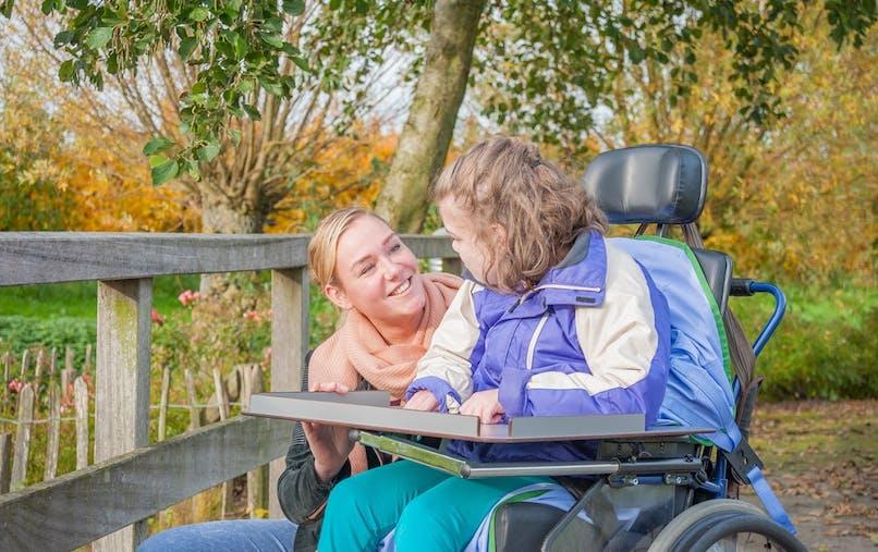 Une proposition de loi veut améliorer le statut des proches aidants.