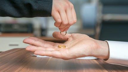 Vous recherchez une procédure de divorce rapide et peu coûteuse