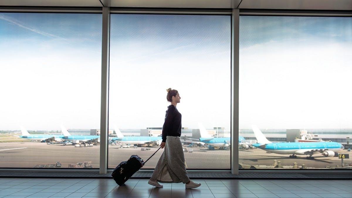 Le jeudi matin, entre 6h30 et 8h, serait le meilleur moment pour acheter un billet d'avion au meilleur prix.