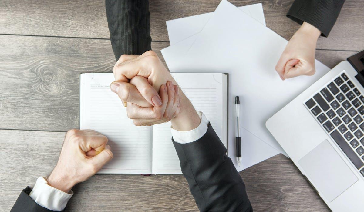 Les indemnités spécifiques de rupture conventionnelle sont au moins égales aux indemnités légales ou conventionnelles de licenciement.