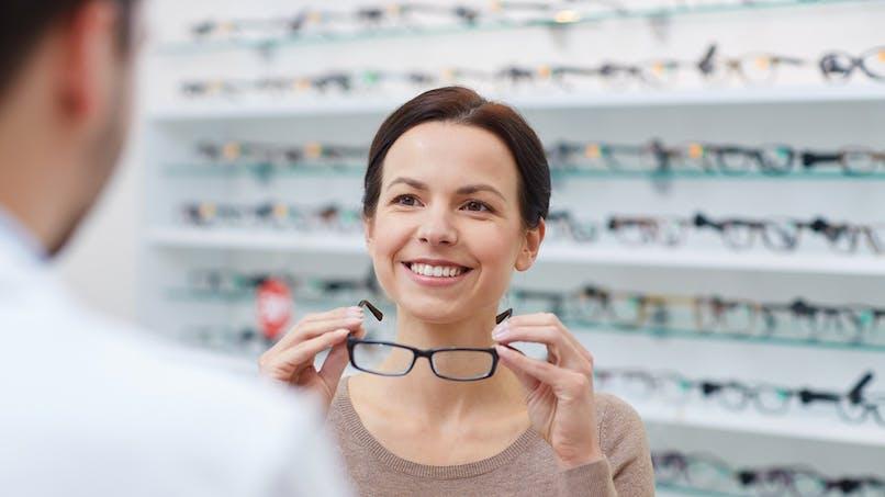 Lunettes, prothèses auditives et dentaires : vers un remboursement intégral