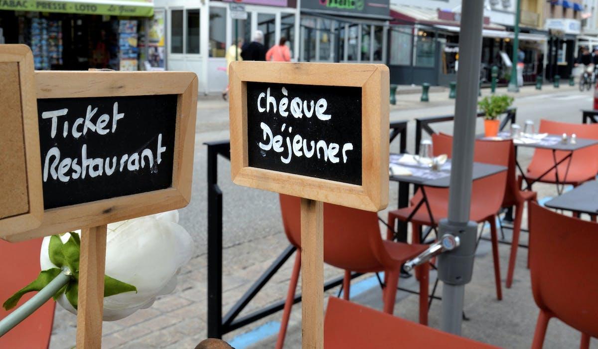 Vous pouvez faire valoir vos titres-restaurant auprès des restaurateurs, commerçants assimilés et détaillants de fruits et légumes.