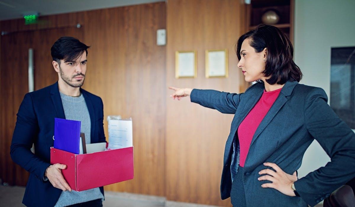 Un employeur peut licencier un salarié pour un fait relevant de la vie personnelle s'il se rattache à la vie professionnelle.