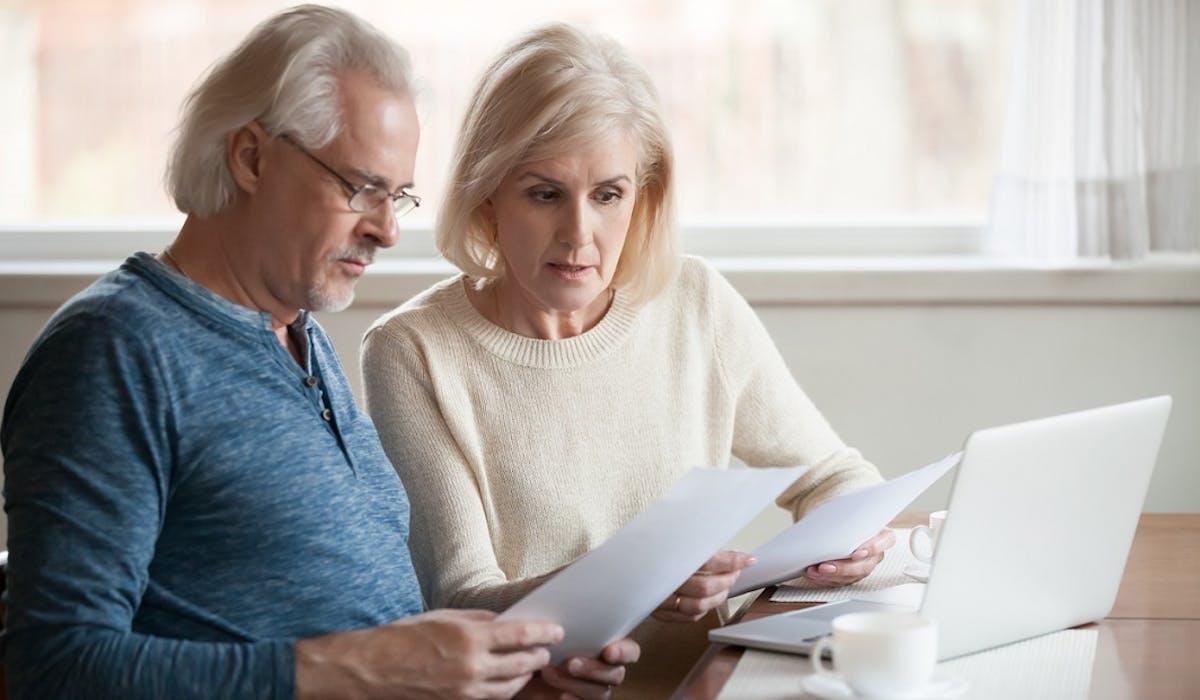Les plus de 65 ans et les personnes invalides peuvent bénéficier d'un abattement fiscal pour le calcul de leur impôt sur le revenu.