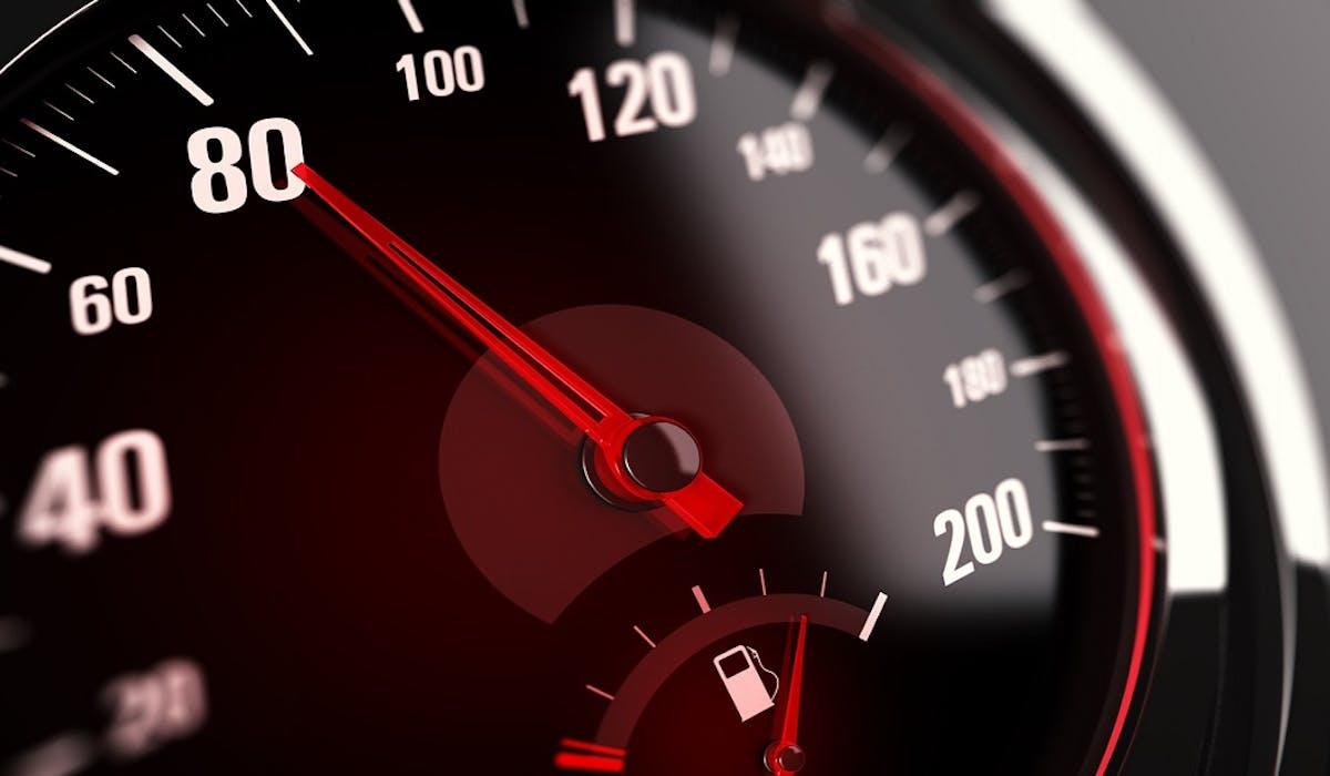 Les limiteurs de vitesse pourraient devenir obligatoires dans les véhicules d'ici 2021.