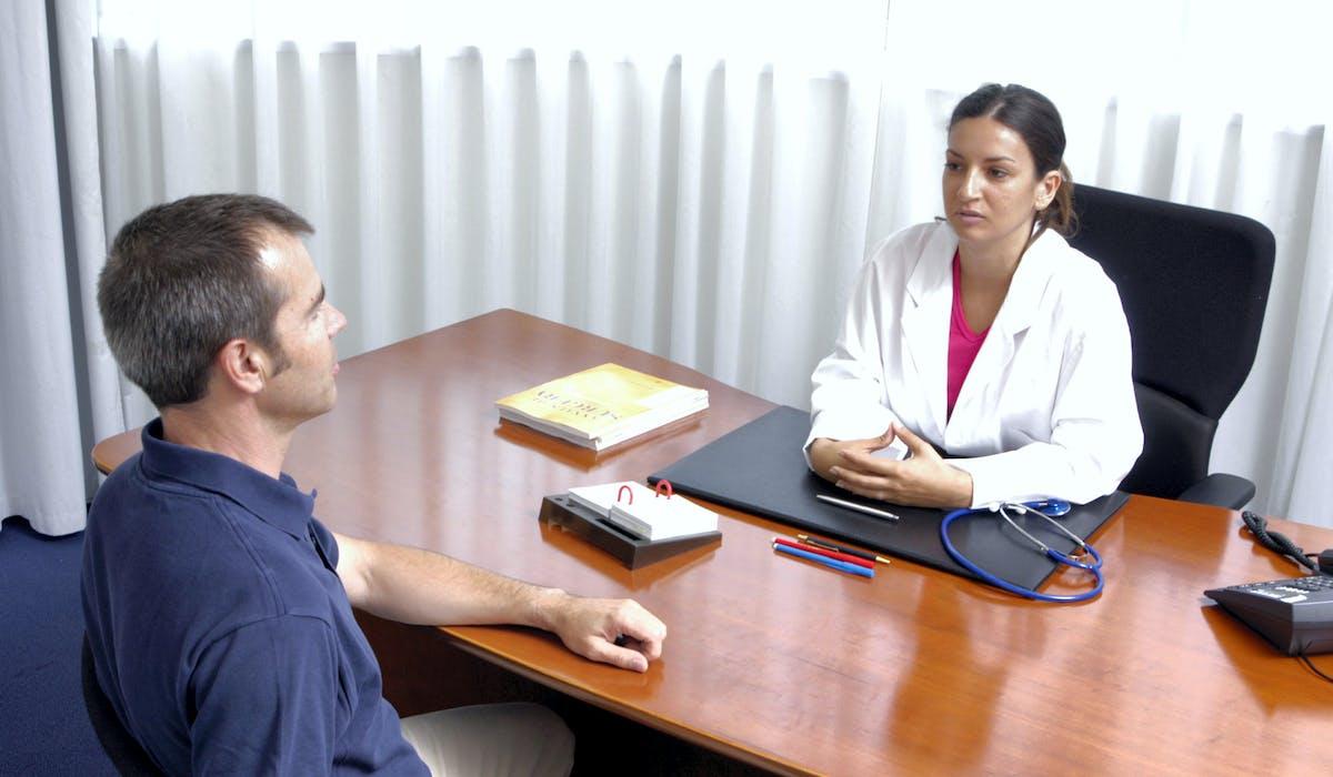 Les usagers doivent déclarer leur médecin traitant auprès de l'assurance maladie.