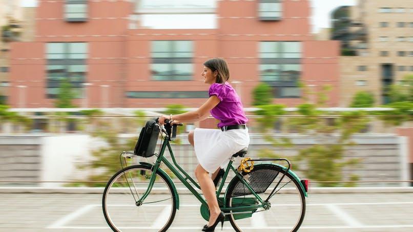 Un forfait versé par votre employeur pour vos trajets domicile-travail à vélo ou en covoiturage