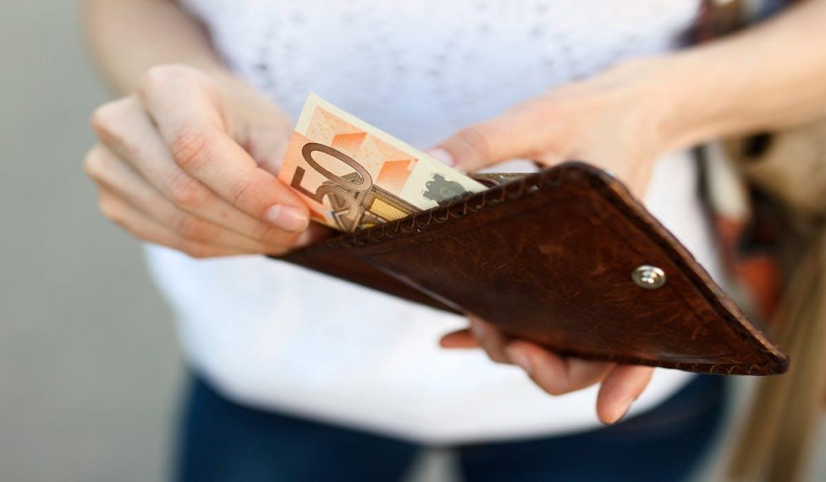 Des allocataires ont été privés de RSA en raison de dons financiers réguliers sur leur compte bancaire.