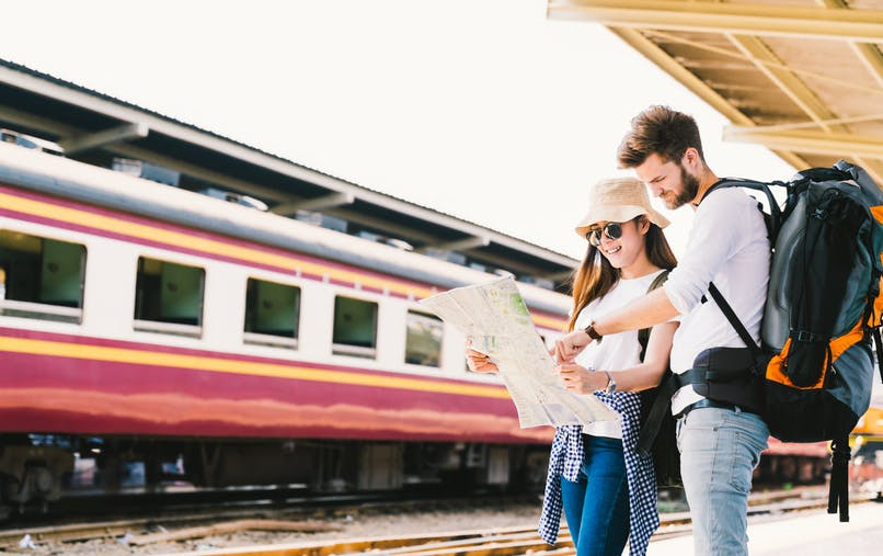La Commission européenne offre 20 000 tickets de transport pour que des Européens âgés de 18 ans puissent voyager en Europe.