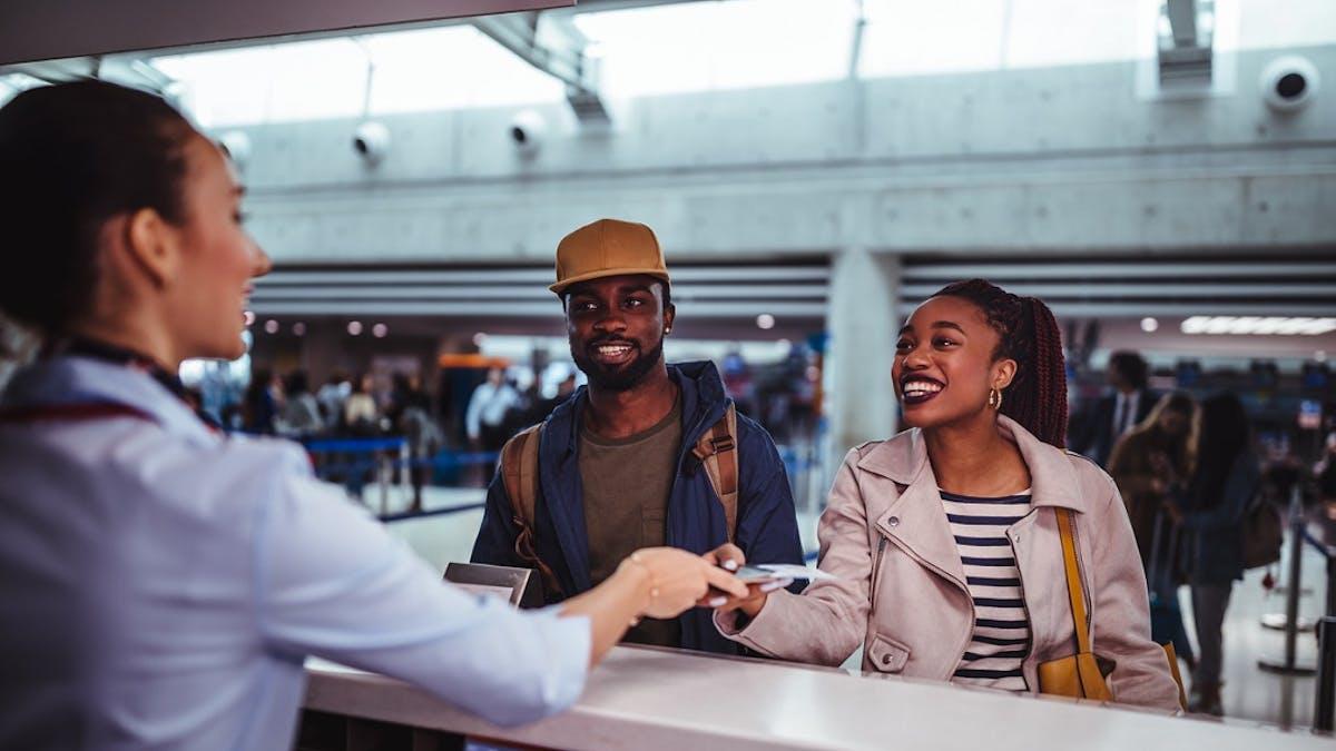 La carte bancaire utilisée pour réserver son billet d'avion en ligne peut être vérifiée le jour de l'embarquement.