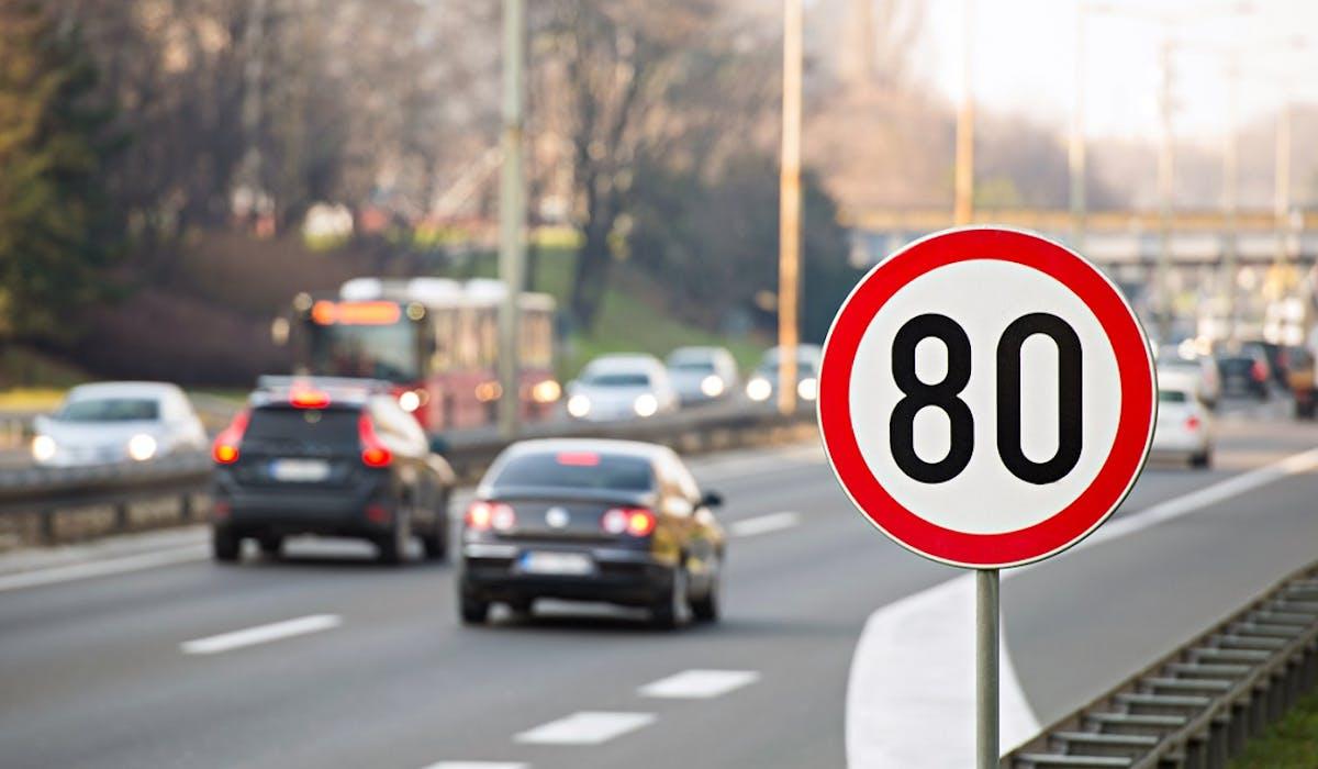 60 voitures-radar conduites par des sociétés privées circuleront sur les routes de Bretagne, Pays de la Loire et Centre-Val de Loire à partir de 2020.