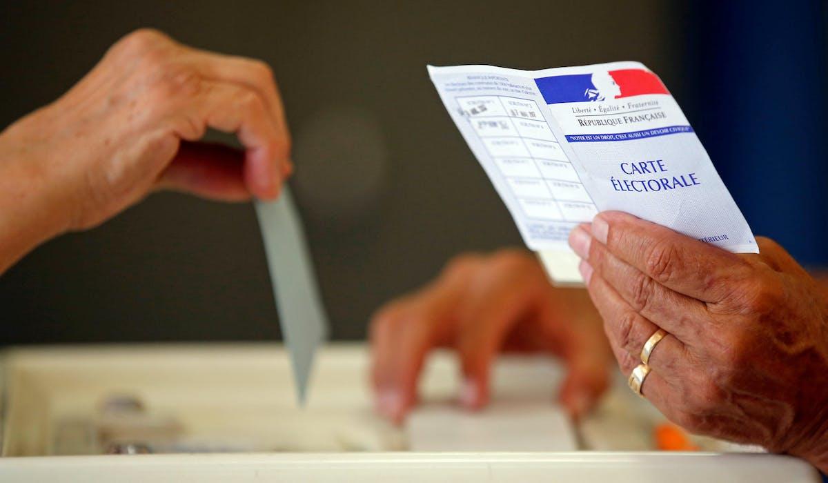 Un bureau de vote à Marseille, au second tour des élections législatives, le 18 juin 2017.