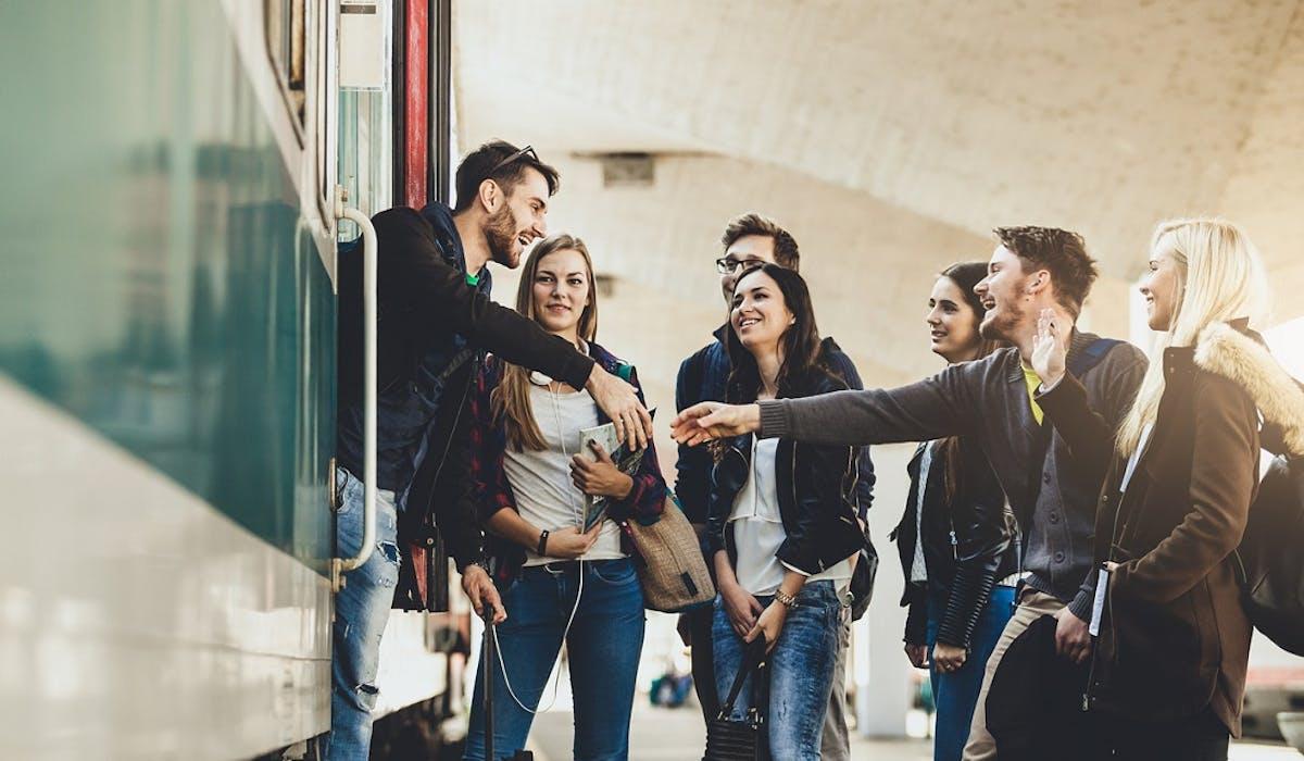 Une aide de 500 euros sera versée aux lycéens boursiers qui choisiront une formation située hors de leur académie de résidence.