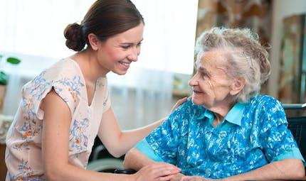 Loi pour la reconnaissance des proches aidants : ce qui va changer
