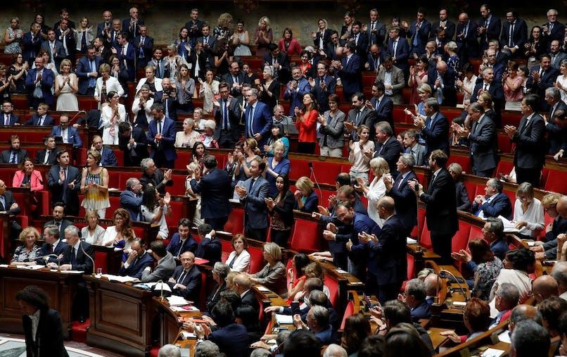 Le projet de réforme constitutionnelle prévoit d'abaisser le nombre de députés et sénateurs de 25 %.