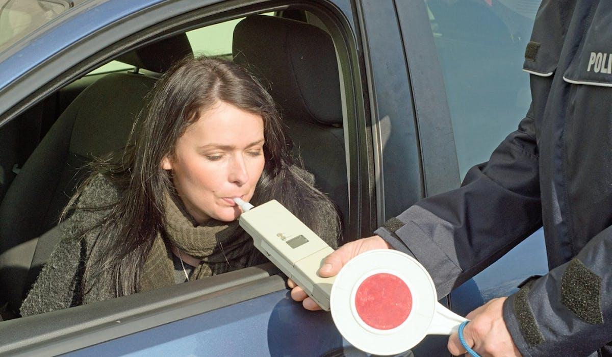 Les applications GPS communautaires pourraient bientôt ne plus pouvoir signaler les opérations de dépistage d'alcoolémie ou de stupéfiants.