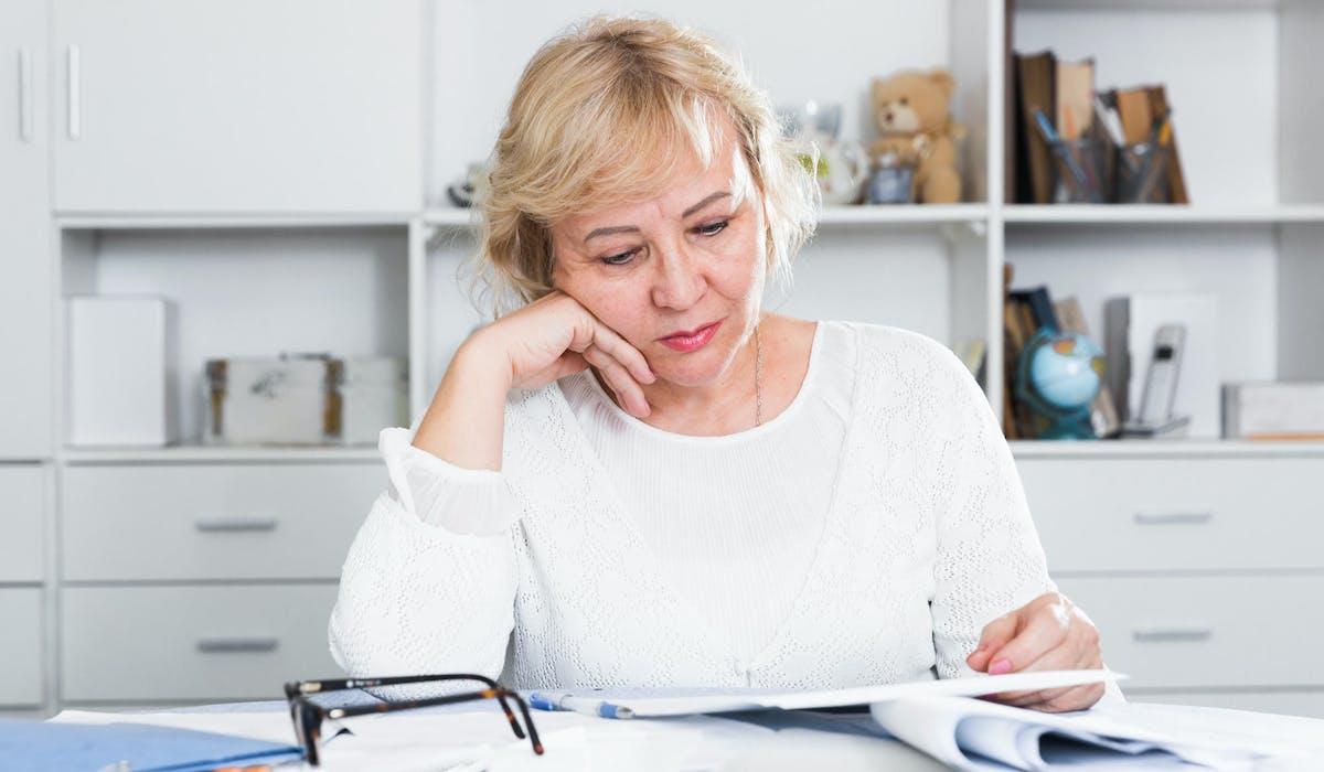 L'enquête de la Drees révèle un écart persistant entre les pensions des femmes et des hommes.