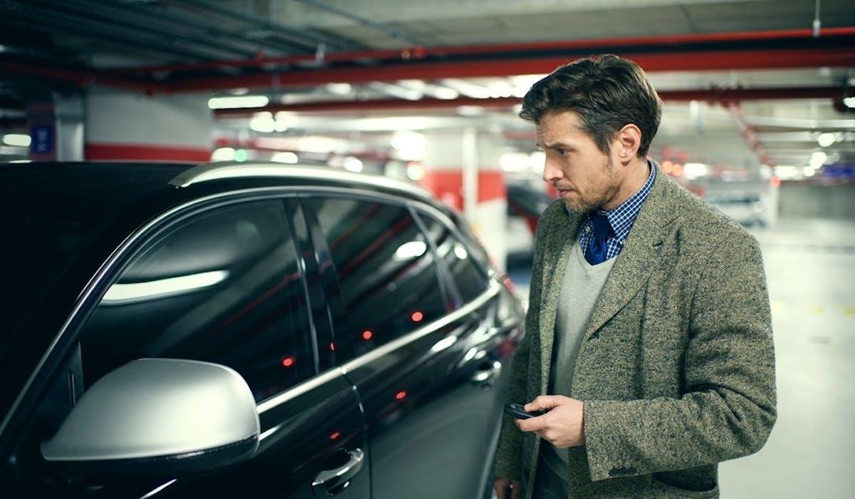 La location d'une place de parking coûte en moyenne 83 € par mois.
