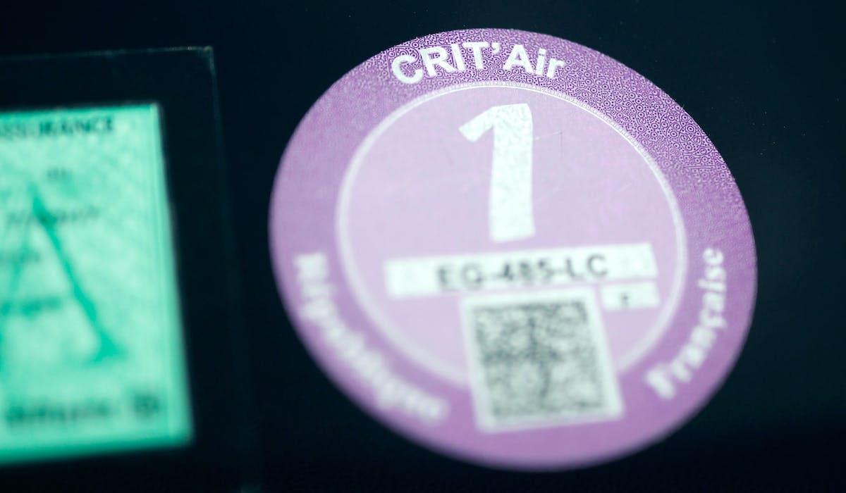 Le certificat Crit'Air doit être apposé sur le pare-brise de votre véhicule.