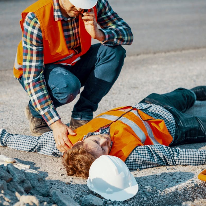Canicule : les mesures à prendre en cas de coup de chaleur d'un salarié