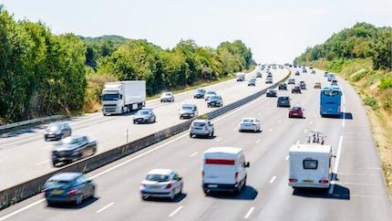 Autoroute : rester sur la voie du milieu peut coûter cher