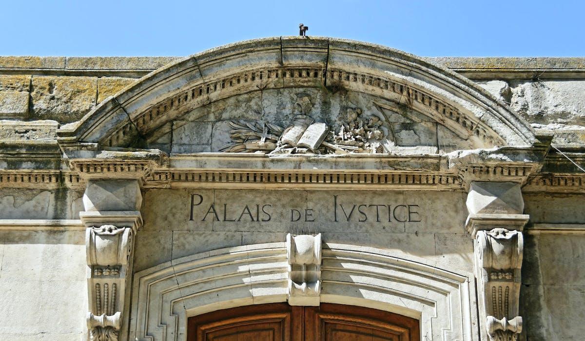 Le service peut être utilisé dans le cadre de procédures civiles.