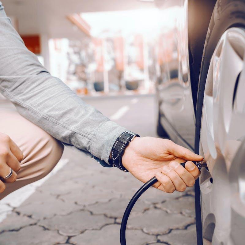 3 astuces pour éviter le bond de vos dépenses de carburant
