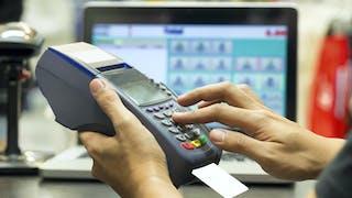Carte bancaire : comment éviter d'être victime d'une fraude ?