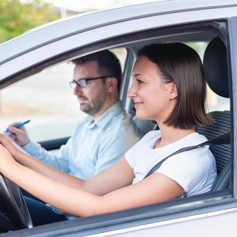 Permis de conduire : dans quelle auto-école avez-vous les meilleures chances de réussir l'examen ?
