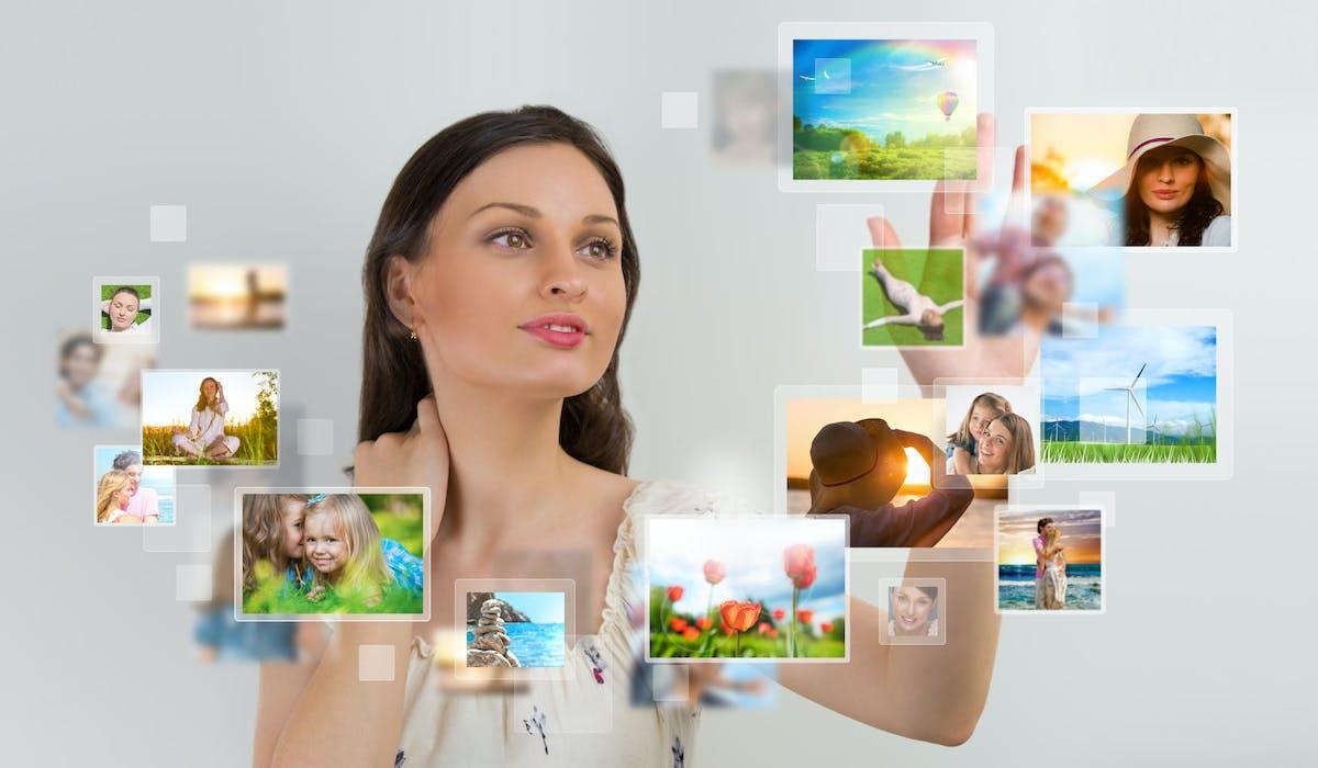 Créer un livre-photos en ligne est simple. Des tutoriels de création sont proposés par les éditeurs.