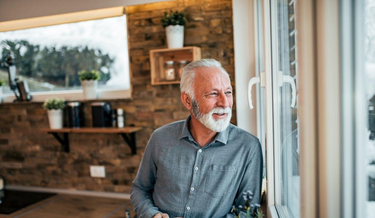 Un propriétaire, dont le locataire est âgé, est en droit de récupérer son logement à la fin du bail.