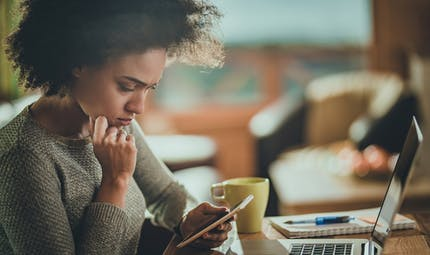 Arnaque bancaire : attention aux SMS frauduleux