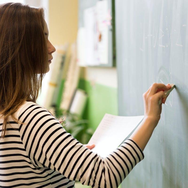 Pourquoi les enseignants font-ils grève?