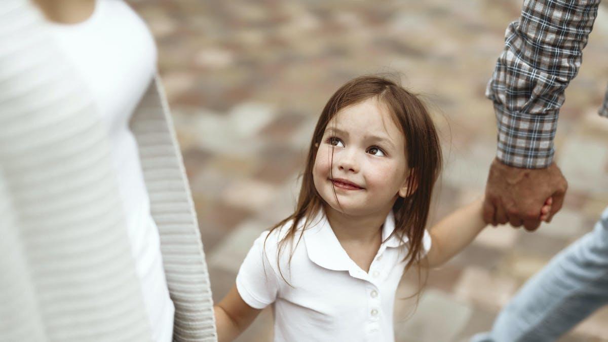 À un enfant unique, il est conseillé de transmettre de façon anticipée pour réduire sa facture fiscale.