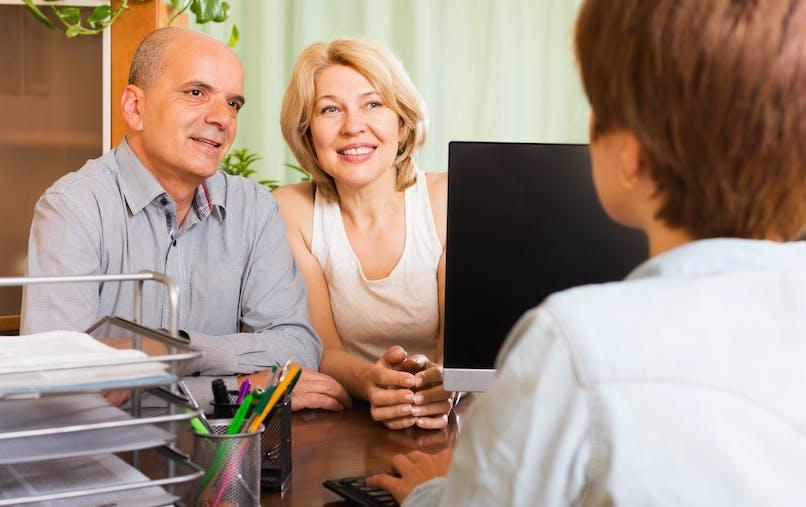 Certains abattements ou exonérations peuvent vous être octroyés selon votre degré de parenté avec le défunt.