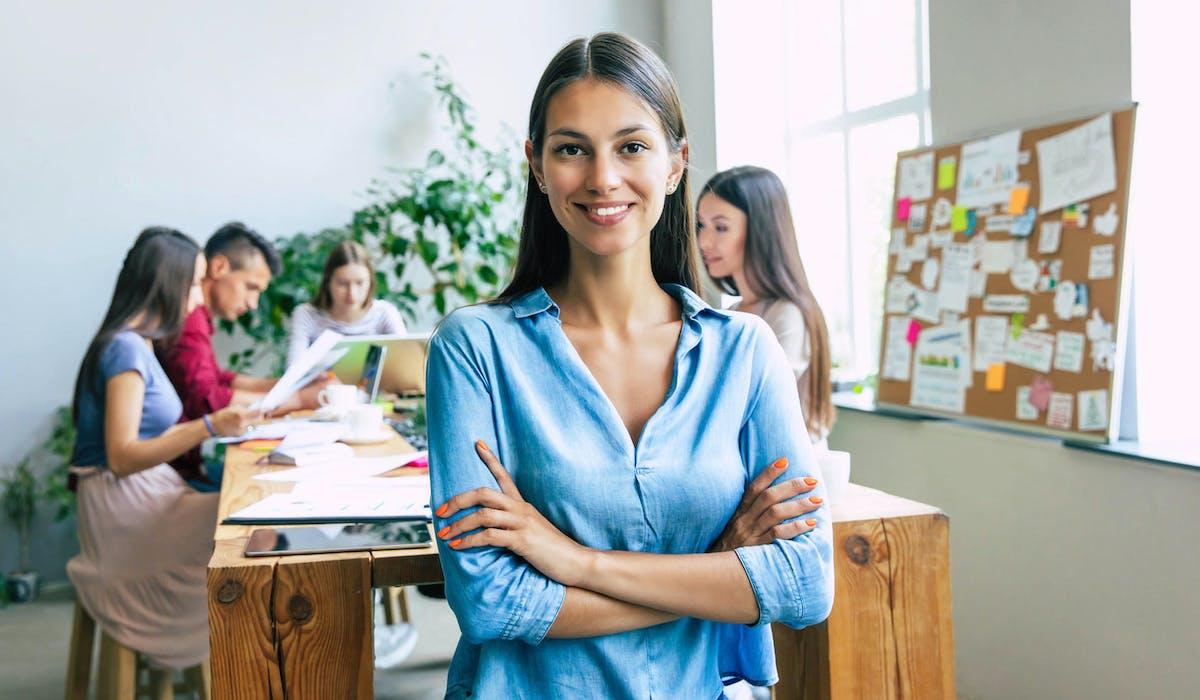 Créer votre entreprise en étant étudiant vous permet souvent de ne plus chercher un emploi à la fin de vos études.
