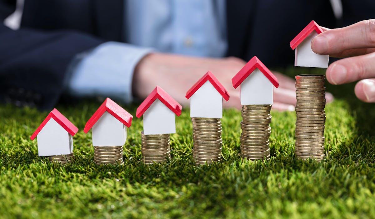 Si vous avez détecté des erreurs sur le montant de votre taxe foncière, contactez votre centre des impôts.