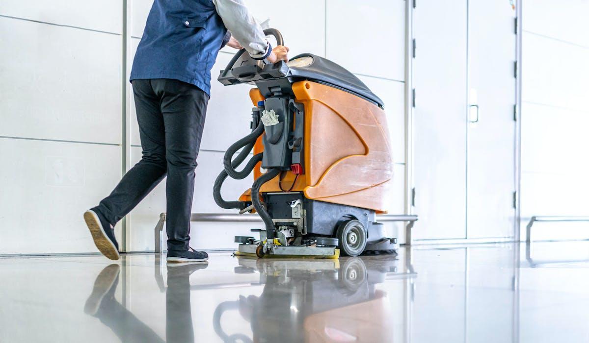 La propreté et le nettoyage figurent parmi les secteurs dans lesquels l'expérimentation est ouverte.