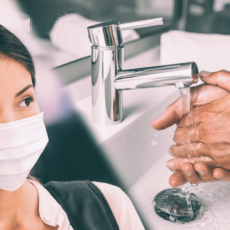 Coronavirus en France : 5 gestes simples pour ne pas l'attraper