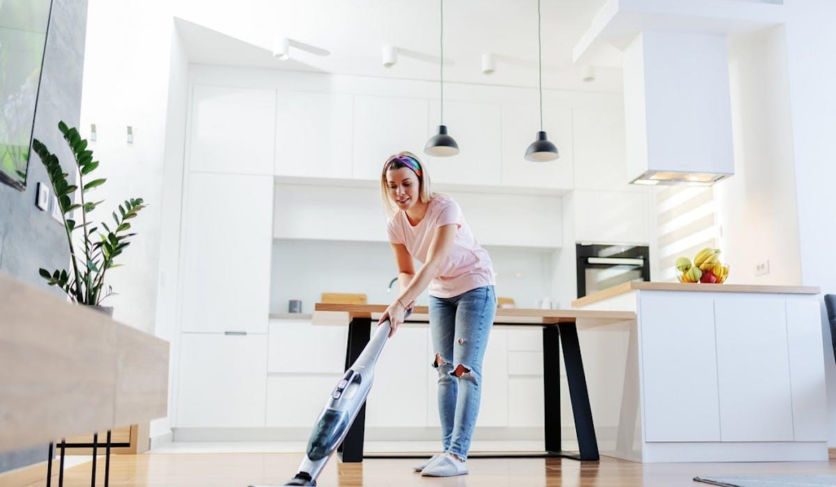 Aides à domicile : quelles aides ? Comment passer au chômage