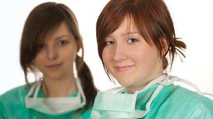 Vous pouvez aider les soignants et les exclus sur le site Jeveuxaider.gouv.fr